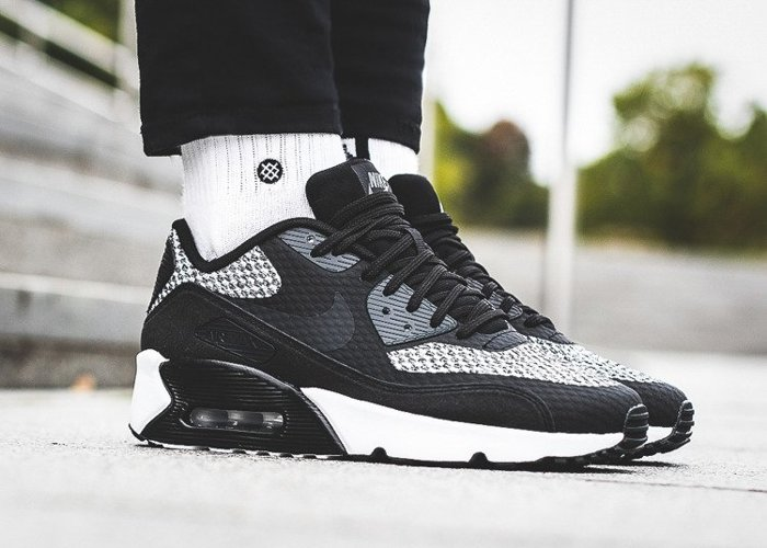 Nike Air Max 90 Ultra 2.0 SE GS (917988-005)
