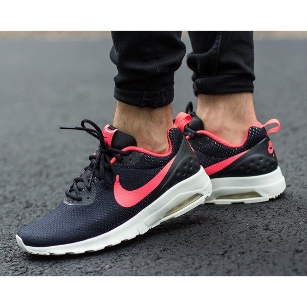Nike Air Max Motion LW SE (844836-006)