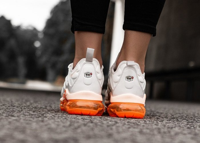 Nike Air VaporMax Plus (AO4550-005)