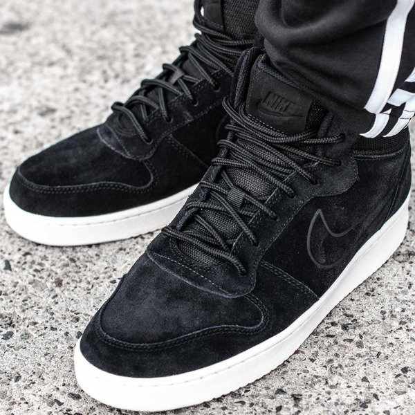Nike Court Borough Mid Prem  (844884-007)